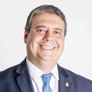 Dr. Rogelio Pizzi